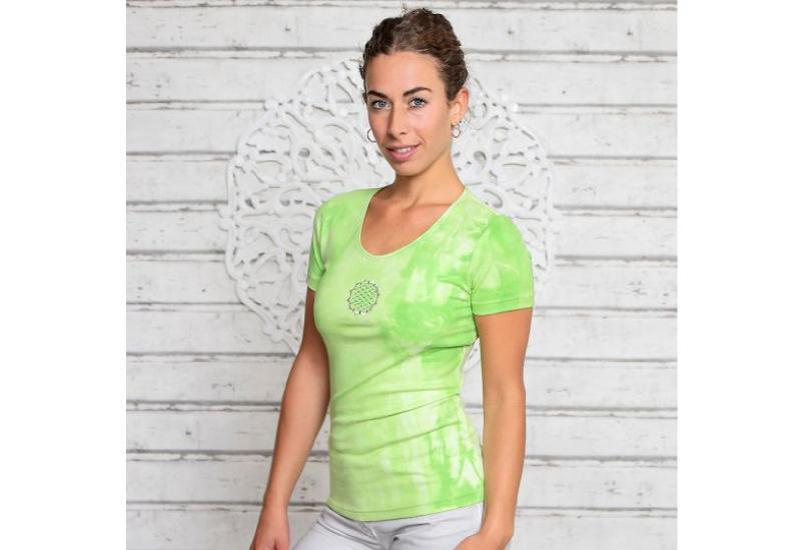 Batik Shirt Kiwigrün
